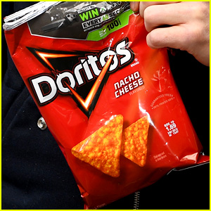 Celebrities React to 'Lady Doritos' - Read the Tweets