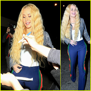 Iggy Azalea Feels the Love From Fans While Leaving Dinner!