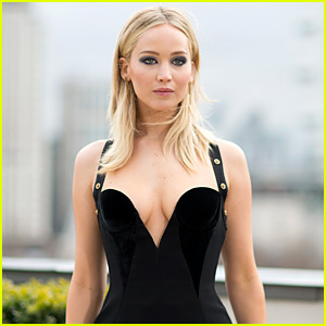 Jennifer Lawrence Has Best Response to Those Hating On Her Cold Weather Look
