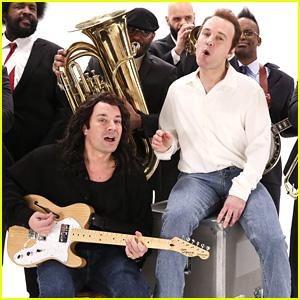 Jimmy Fallon & Paul Rudd Recreate 'King Of Wishful Thinking' Music Video - Watch Now!