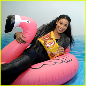 Jordin Sparks Brings the Joy at Lay's Smiles Experience in NYC!
