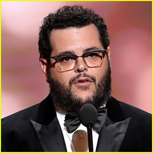 Josh Gad Knew One of the Florida High School Shooting Victims, Mourns the Senseless Tragedy