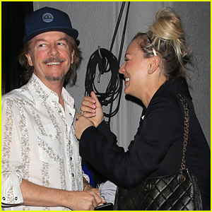 Kaley Cuoco Reunites with '8 Simple Rules' Costar David Spade!