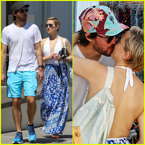 Kate Hudson Kisses Boyfriend Danny Fujikawa During Sydney Vacation!