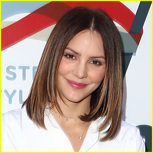 Katharine McPhee Set for Broadway Debut in 'Waitress'