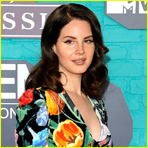 Lana Del Rey is Safe After Man Attempted to Kidnap Her Before Concert