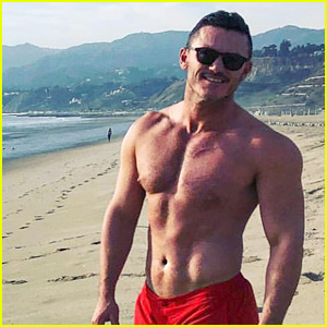 Luke Evans Goes Shirtless in Tiny Shorts at the Beach!