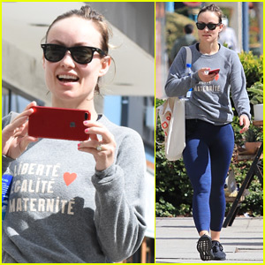 Olivia Wilde Turns the Camera on Photographers in Los Angeles!
