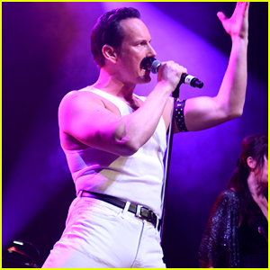 Patrick Wilson Channels Freddie Mercury for 'Somebody to Love' Performance!