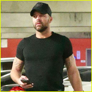 Ricky Martin Shows Off His Muscular Arms at the Gym