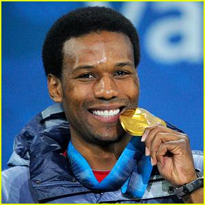 Olympian Shani Davis Slams Opening Ceremony Flag Bearer Coin Toss