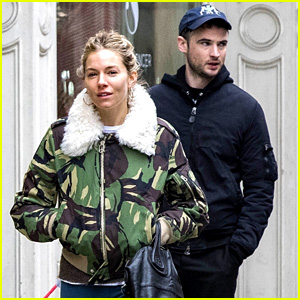 Sienna Miller & Tom Sturridge Reunite in New York City