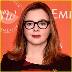 Amber Tamblyn Defends Tweet About Hasidic Man Trying to Run Her Over