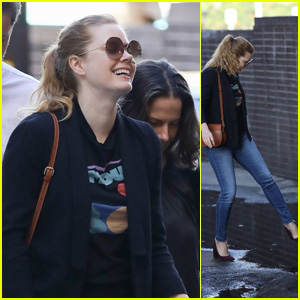 Amy Adams Dodges Puddles in Her Purple Heels While Running Errands!