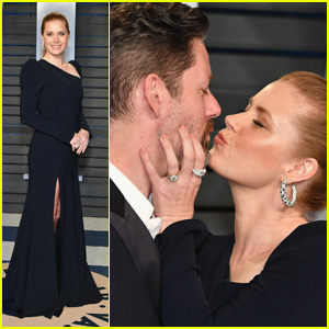 Amy Adams & Husband Darren Le Gallo Pucker Up at Vanity Fair's Oscars Party