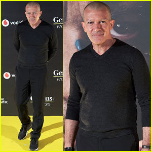 Antonio Banderas Shows Off Shaved Eyebrows at 'Genius: Picasso' Photocall