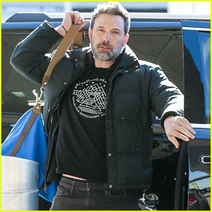 Ben Affleck Flies Home After a Trip to New York City