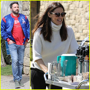 Jennifer Garner Helps Out With Coffee & Snacks at Church with Ben Affleck