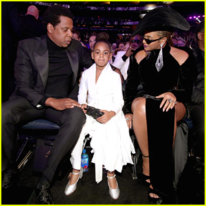 Blue Ivy Bids $19,000 on Art at Wearable Art Gala 2018!