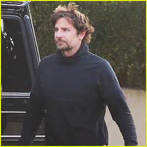Bradley Cooper Gets In a Mid-Week Workout