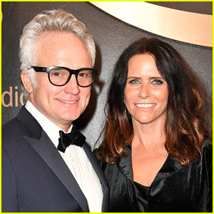Bradley Whitford Is Engaged to Amy Landecker!