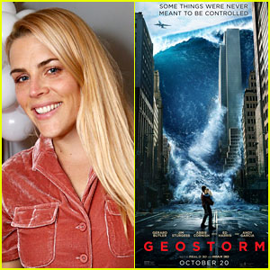 Busy Philipps Hilariously Live Tweets 'Geostorm' Movie from a Plane!