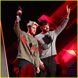 The Chainsmokers & Coldplay Win Best Collaboration at iHeartRadio Music Awards 2018 - Watch Now!