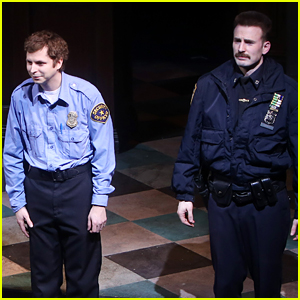 Chris Evans Takes a Bow After His First Broadway Performance