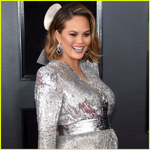 Chrissy Teigen Wants to Skip Oscars & Have a Taco Party!