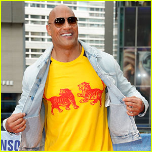 Dwayne Johnson Totally Owns His Razzie Award for 'Baywatch' (Video)