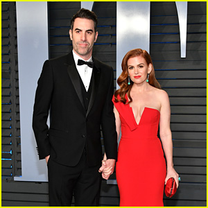 Isla Fisher & Sacha Baron Cohen Couple Up at Vanity Fair's Oscars Party
