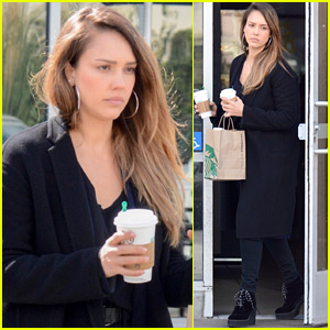 Jessica Alba Picks Up Her Morning Coffee in L.A.