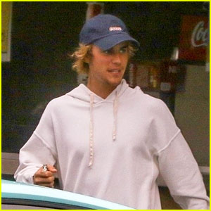 Justin Bieber Wears 'Bored' Hat While Grabbing Low-Key Lunch