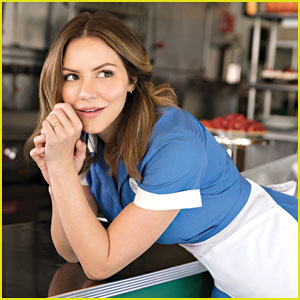 Katharine McPhee Debuts 'What Baking Can Do' Music Video for Broadway's 'Waitress'