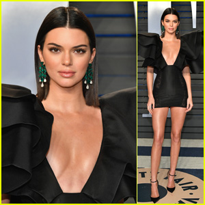 Kendall Jenner Looks Chic at Vanity Fair's Oscars Party