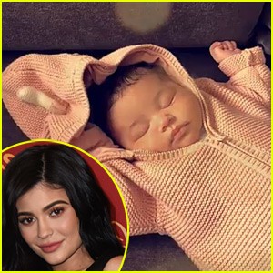 Kylie Jenner Shares Precious Photo of Baby Stormi Sleeping!