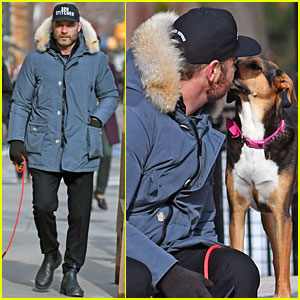 Liev Schreiber Shows Some Puppy Love at the Dog Park!