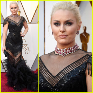 Lindsey Vonn Sparkles on the Oscars 2018 Red Carpet!