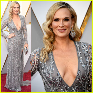 Molly Sims Stuns in Silver Gown on Oscars 2018 Red Carpet