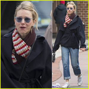 Naomi Watts Stops Off for Bagels in NYC