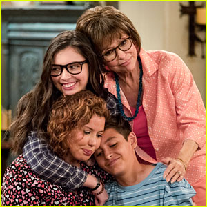 'One Day at a Time' Gets Renewed for Season 3 at Netflix!