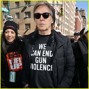 Paul McCartney Pays Tribute to John Lennon at March For Our Lives in NYC