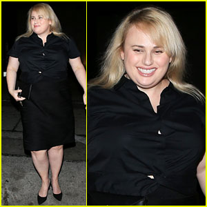 Rebel Wilson is All Smiles While Greeting Fans After Dinner!