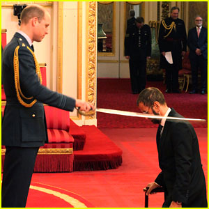 The Beatles' Ringo Starr Gets Knighted by Prince William!