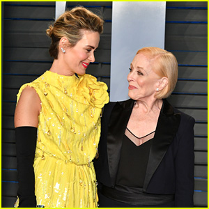 Sarah Paulson & Girlfriend Holland Taylor Arrive at Vanity Fair's Oscars Party!