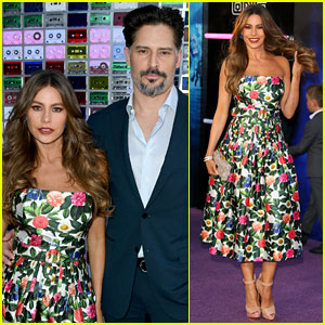Sofia Vergara Stuns in Strapless Floral Gown at 'Ready Player One' Premiere With Joe Manganiello