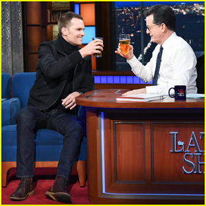 Tom Brady Eats His First Strawberry Ever & Impressively Chugs a Beer on 'Late Show'!