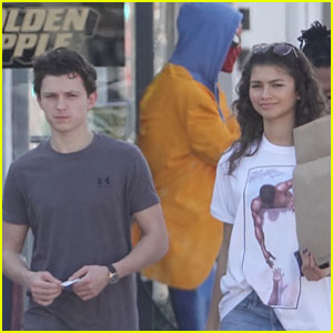 Tom Holland & Zendaya Adorably Snap Pic with Spider-Man Statue!
