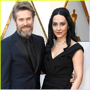 Willem Dafoe is Joined by Wife Giada at Oscars 2018