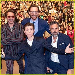 Robert Downey Jr. & 'Avengers' Guys Stop in Shanghai!